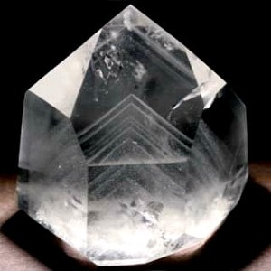 phqp364-phantom-quartz-crystal