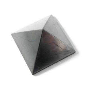 Shungite Grade A ~ 30mm Pyramid