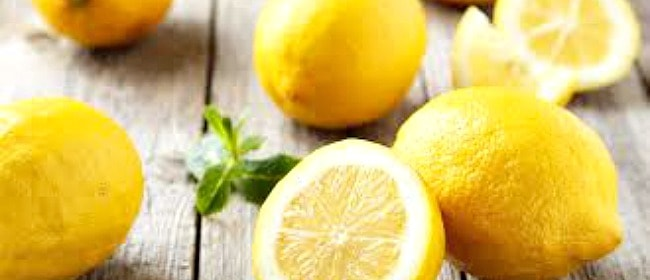 Essential Oils & Crystals #1 ~ Lemon ~ Clarity & Focus